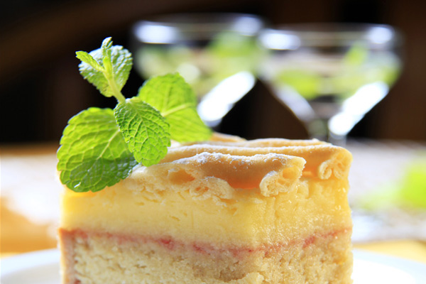 cocktails-and-cake